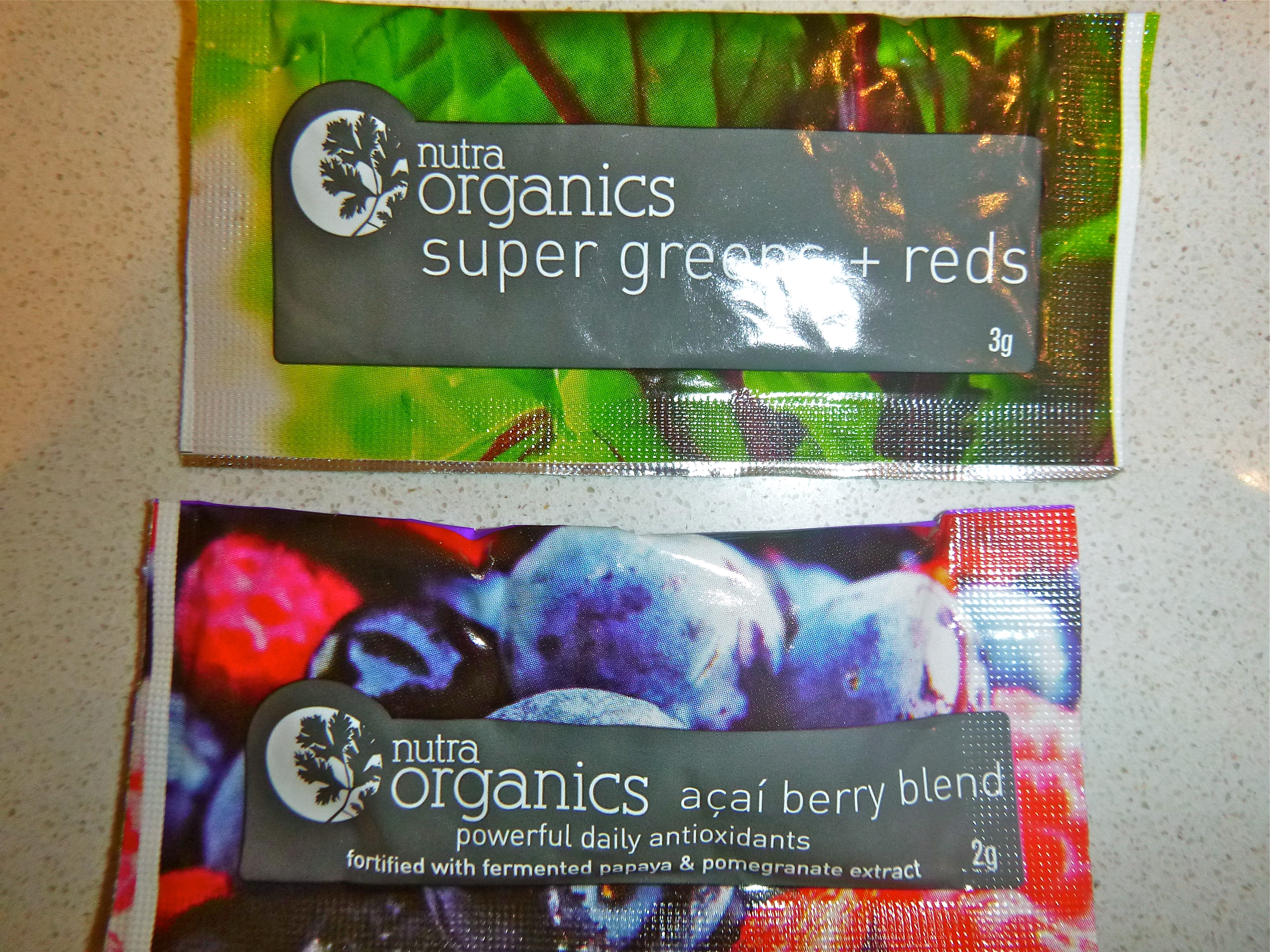 Nutra organics super greens and reds, acai berry blend