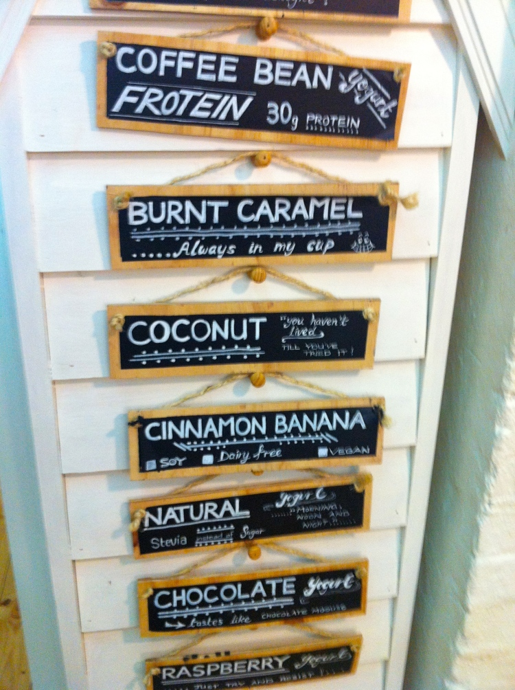 Skinny dippa frozen yoghurt in Melbourne on Chapel St, low sugar, high protein, I was impressed!